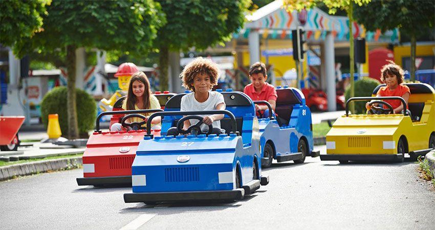 Visit Legoland Windsor With Hardwick's Coach and Minibus Hire Cheshunt